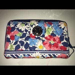 New Vera Bradley Floral and Navy Turnlock Wallet